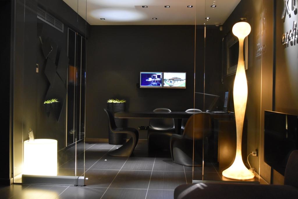Christos Tziortzis - Office meeting room