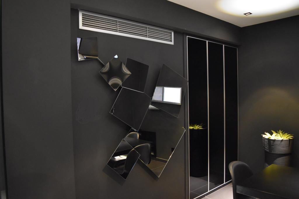 Christos Tziortzis - Office meetingroom art
